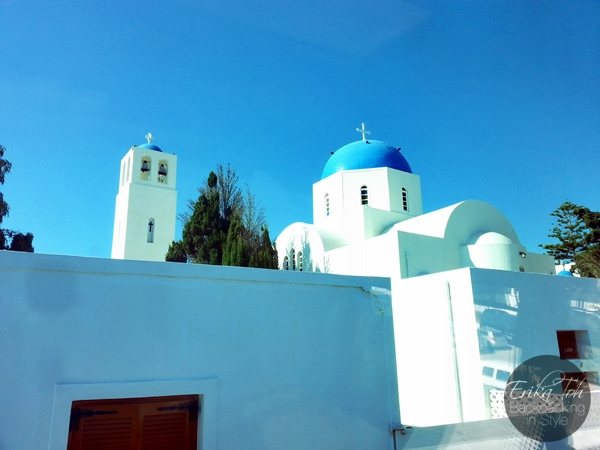 ErikaToh-Backpacking-In-Style-Santorini-Local-Bus-Ride-Fira-Oia-4