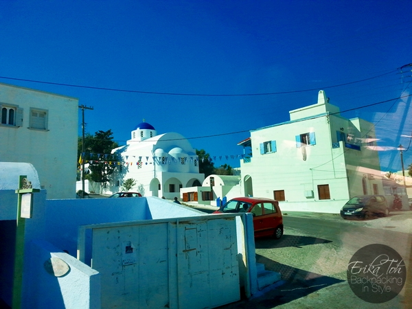 ErikaToh-Backpacking-In-Style-Santorini-Local-Bus-Ride-Fira-Oia-6