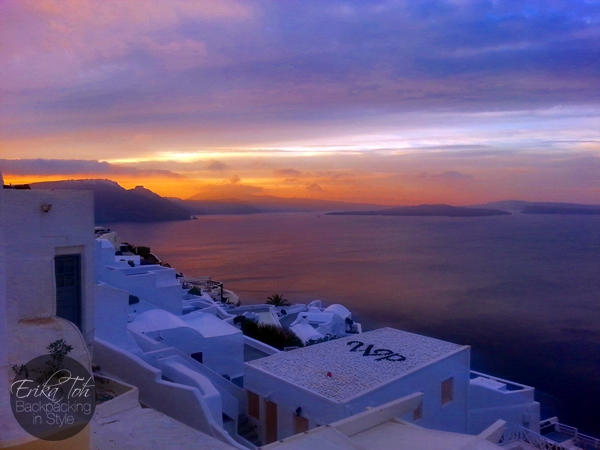 ErikaToh-Backpacking-In-Style-Beautiful-Sunrise-In-Oia-Santorini-1