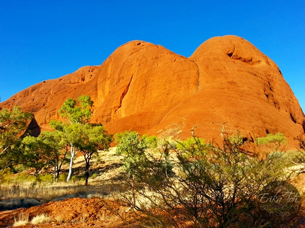 ErikaToh-Backpacking-In-Style-Kata-Tjuta-Karingana-Lookout-Valley-of-the-Winds-Walk-16