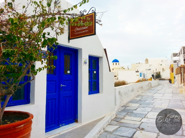 ErikaToh-Backpacking-In-Style-Sightseeing-In-Oia-Santorini-2