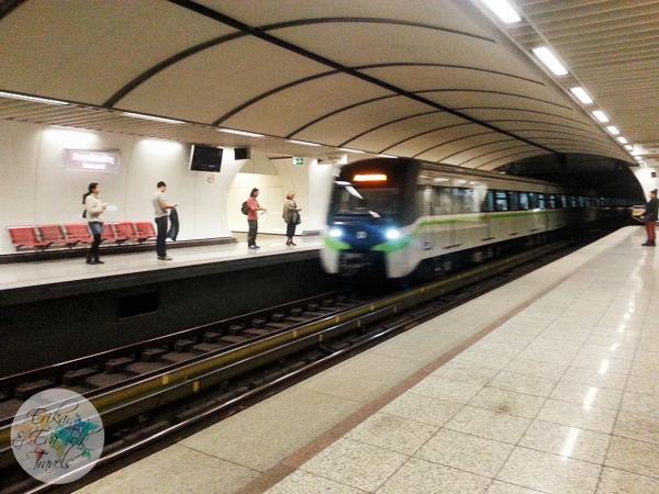 ErikaEvaTohTravels-Akropoli-Metro-Station-Acropolis-Athens-2