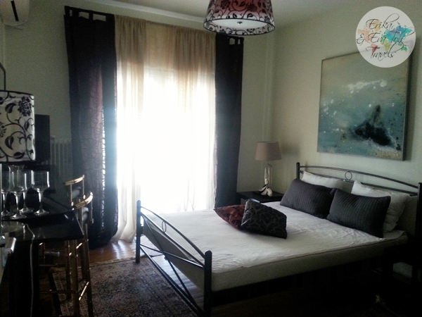 ErikaEvaTohTravels-Private-Room-in-Luxurious-Apartment-Athens-Airbnb-Christos-11