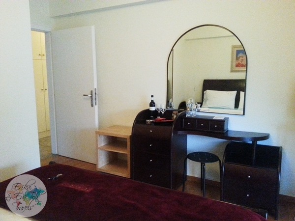ErikaEvaTohTravels-Private-Room-in-Luxurious-Apartment-Athens-Airbnb-Christos-14