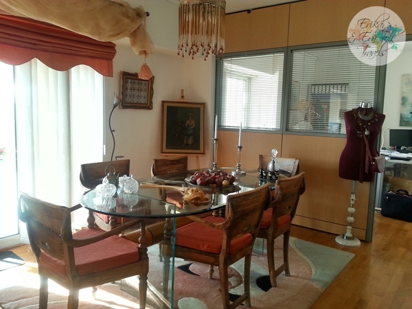 ErikaEvaTohTravels-Private-Room-in-Luxurious-Apartment-Athens-Airbnb-Christos-5