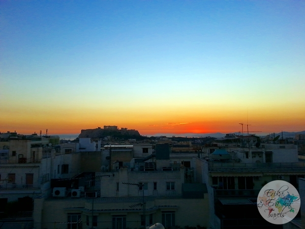 ErikaEvaTohTravels-Watching-Sunset-Over-The-Acropolis-Athens-Rooftop-1