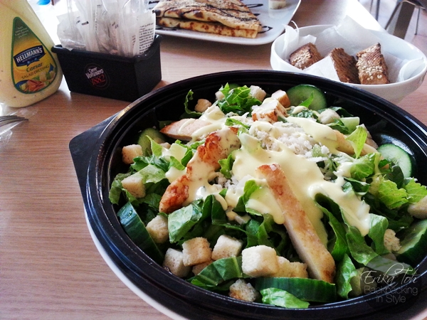 ErikaToh-Backpacking-In-Style-Caesar-Salad-Boston-Cafe-Athens