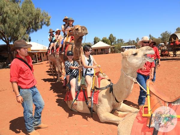 ErikaEvaTohTravels-Uluru-Camel-Ride-Camel-Express-1-Ayers-Rock-Australia-9