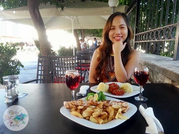 ErikaEvaTohTravels-Veranda-Greek-Restaurant-Cafe-Monastiraki-Plaka-Athens-Lunch-6