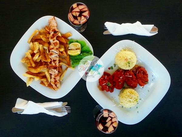 ErikaEvaTohTravels-Veranda-Greek-Restaurant-Cafe-Monastiraki-Plaka-Athens-Lunch-8