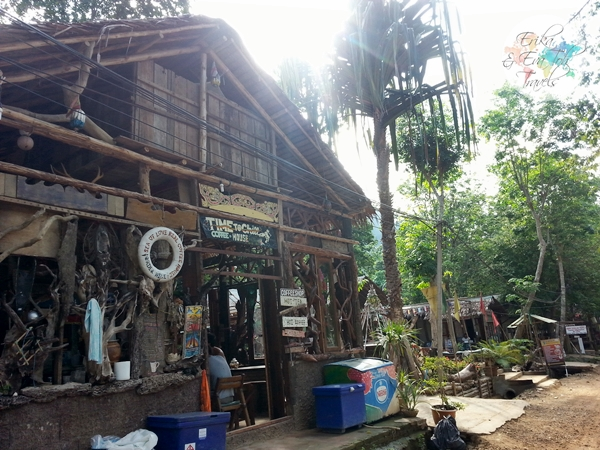 ErikaEvaTohTravels-Chill-Out-Bar-and-Bungalow-Tonsai-Krabi-1