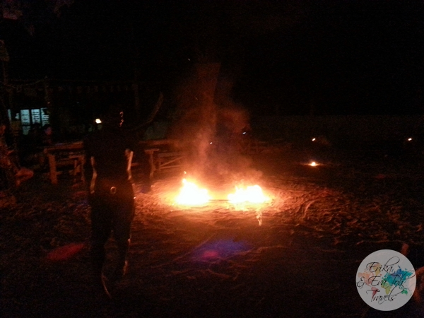 ErikaEvaTohTravels-Fire-Show-at-Chill-Out-Bar-and-Bungalow-Tonsai-Krabi-3