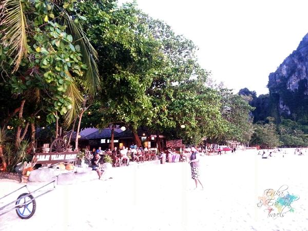ErikaEvaTohTravels-Sunset-at-Railay-Beach-Flame-Tree-Railay-Krabi