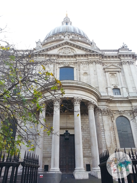 ErikaEvaTohTravels-St-Pauls-Cathedral-in-London-UK-2