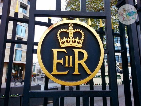 ErikaEvaTohTravels-Tower-of-London-United-Kingdom-1