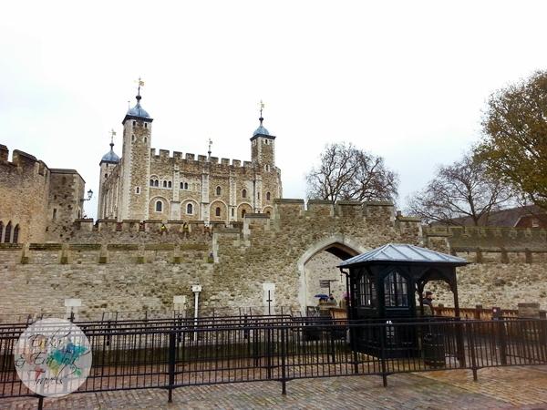 ErikaEvaTohTravels-Tower-of-London-United-Kingdom-4-Traitors-Gate
