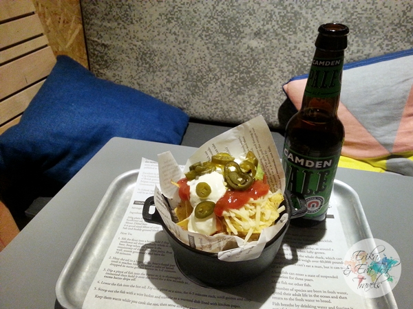 ErikaEvaTohTravels-Generator-Hostel-London-Nachos-and-Guacamole