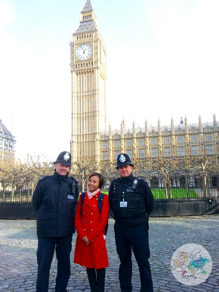 ErikaEvaTohTravels-The-Palace-of-Westminster-London-ErikaToh-with-British-Policemen